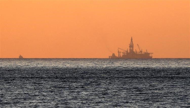 أزمة لبنان وسط حرب الغاز