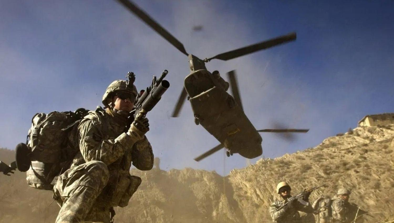 أمريكا تستعرض قوتها العسكرية في غرب آسيا.. ما هي الرسائل؟