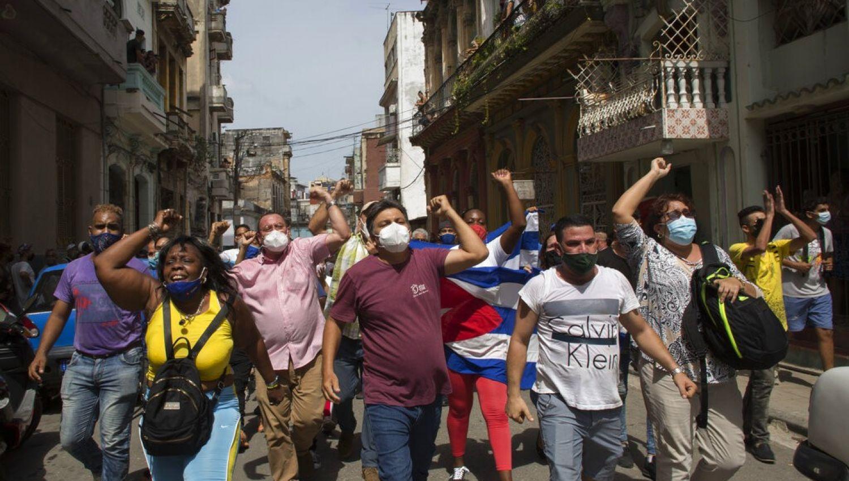 كوبا: ثورة ملونة أمريكية جديدة